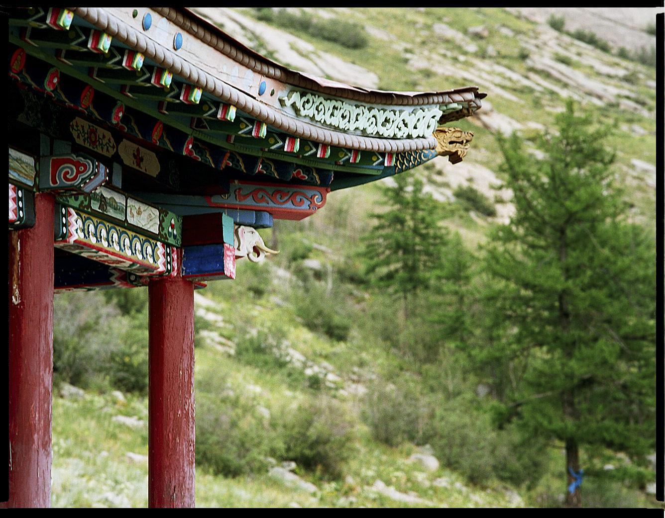 MediumFormatPatrikWallner_Mongolia_HillTempleLOWQ-1