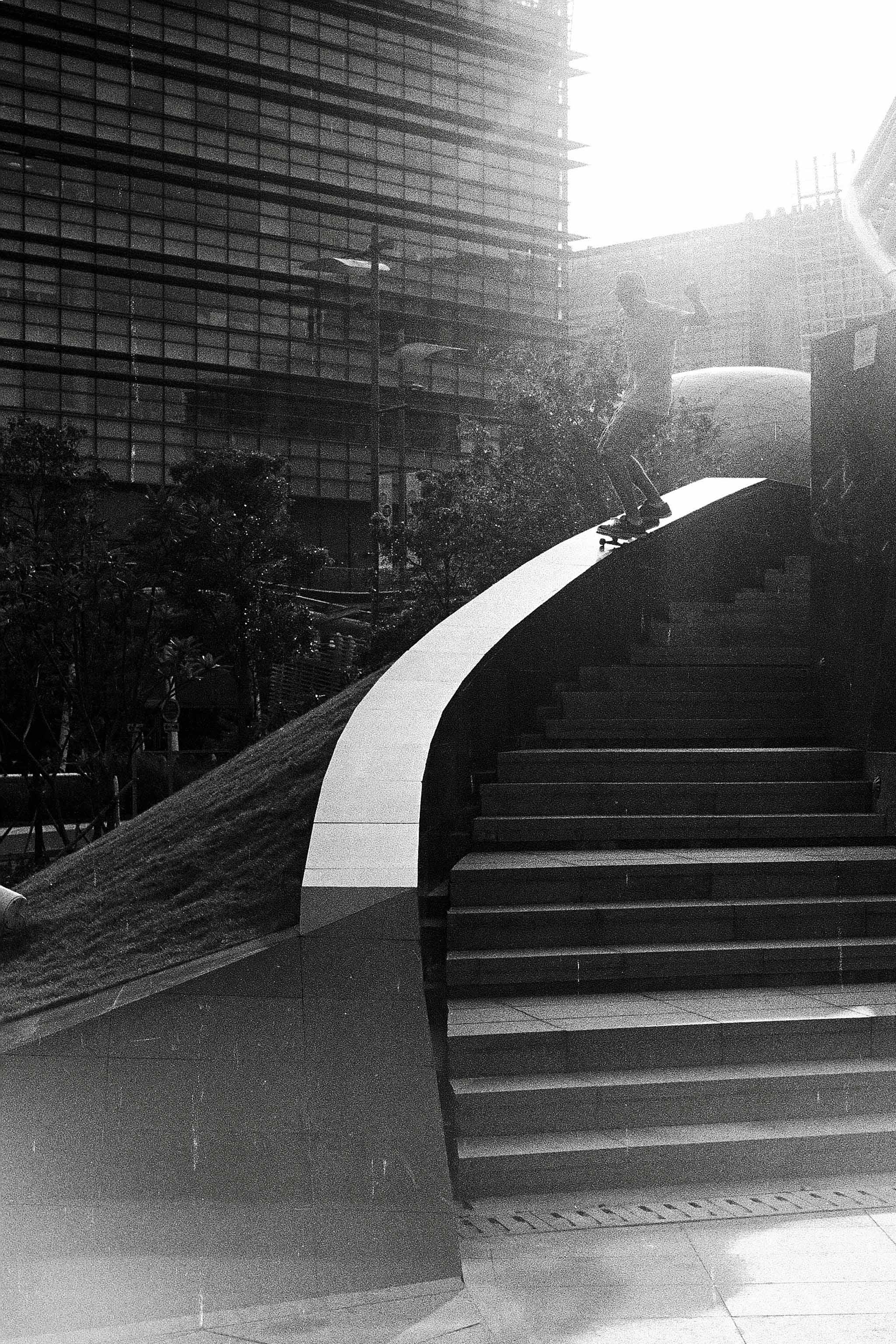 35mmPatrikWallner_HongKong_Ben5050ExposedLOWQ