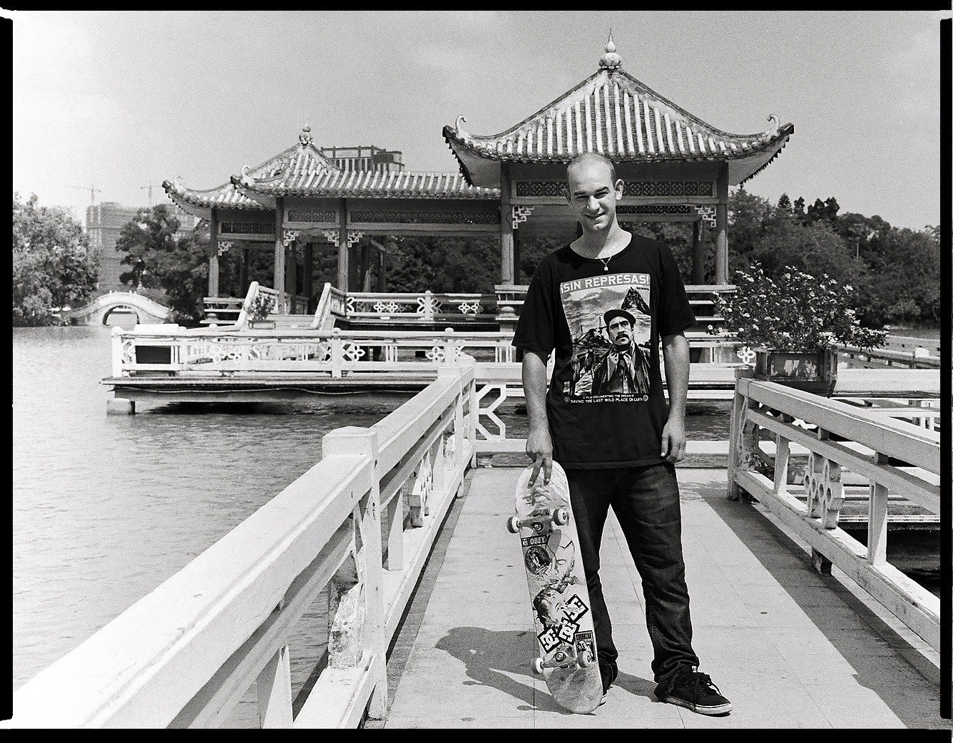 MediumFormatPatrikWallner_Huizhou_GerardTempleLOWQ
