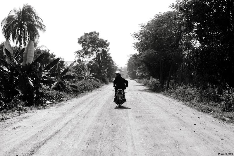 35mmPatrikWallner_Vientiane_KennyExploringLOWQ