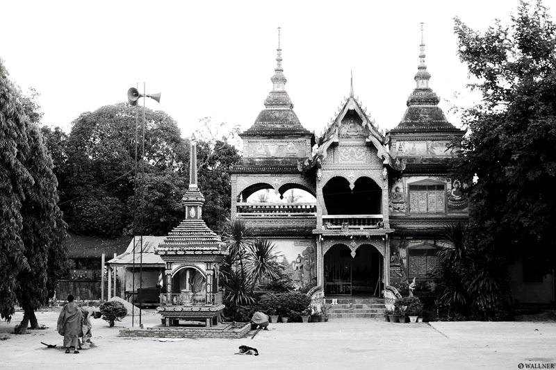 35mmPatrikWallner_Vientiane_ShaiTempleLOWQ