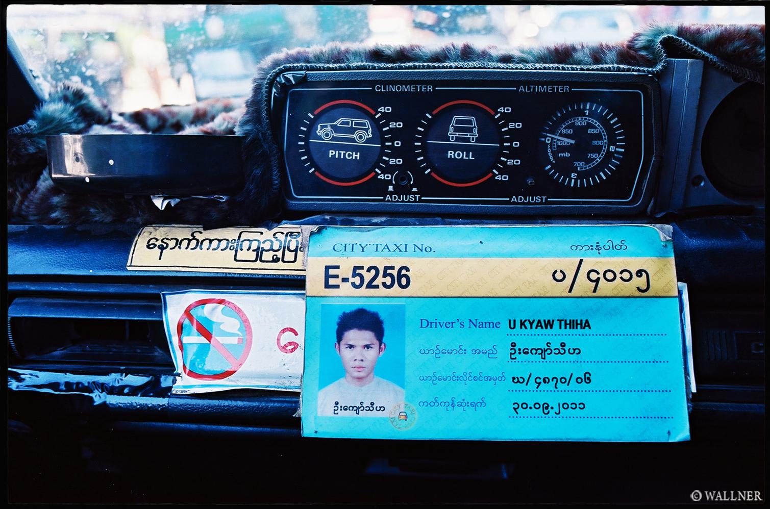35mmPatrikWallner_Yangon_BurmeseOfficalTaxiDriverLOWQ