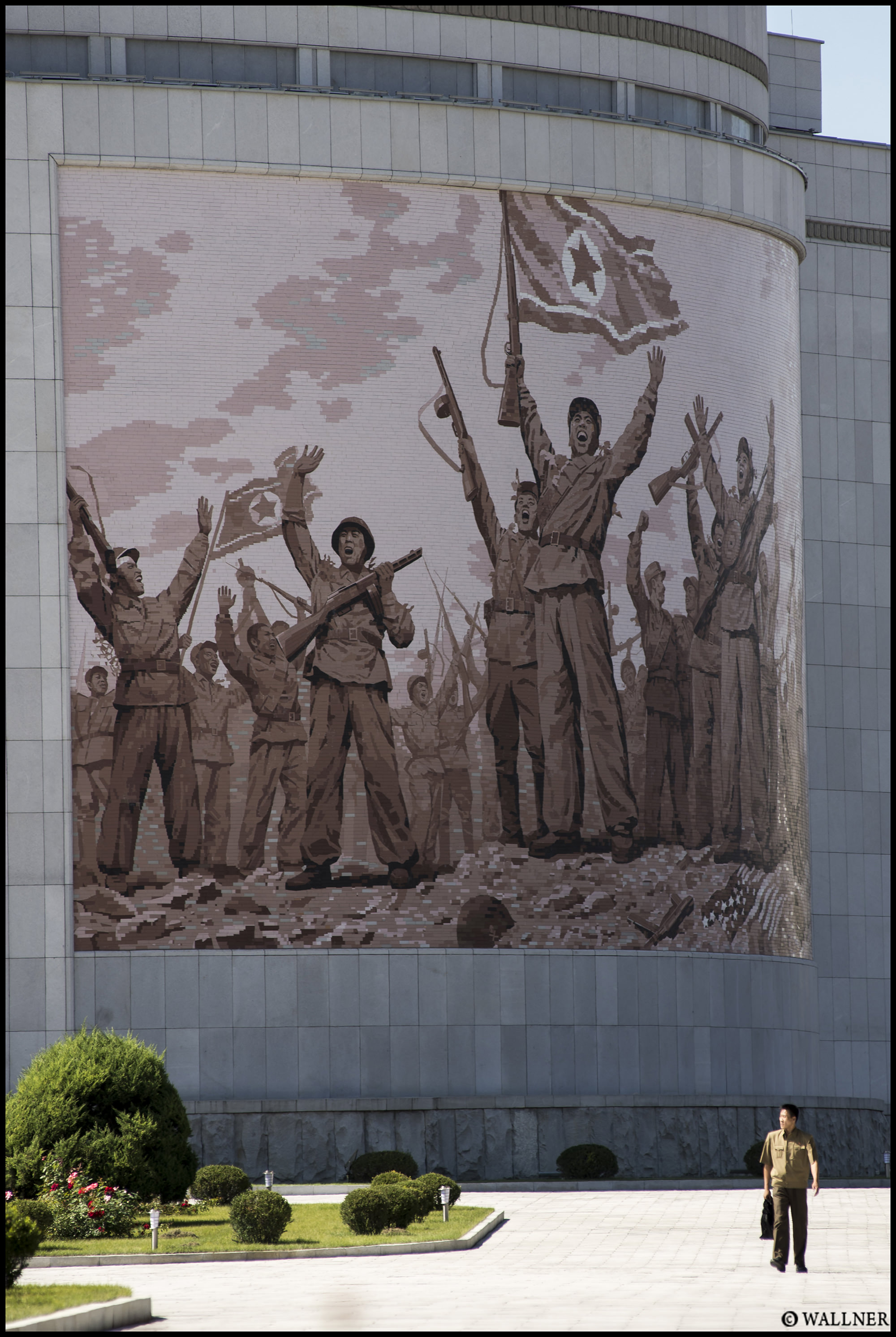 Digital Patrik Wallner Pyongyang New Liberation Museum LOWQ 2000P