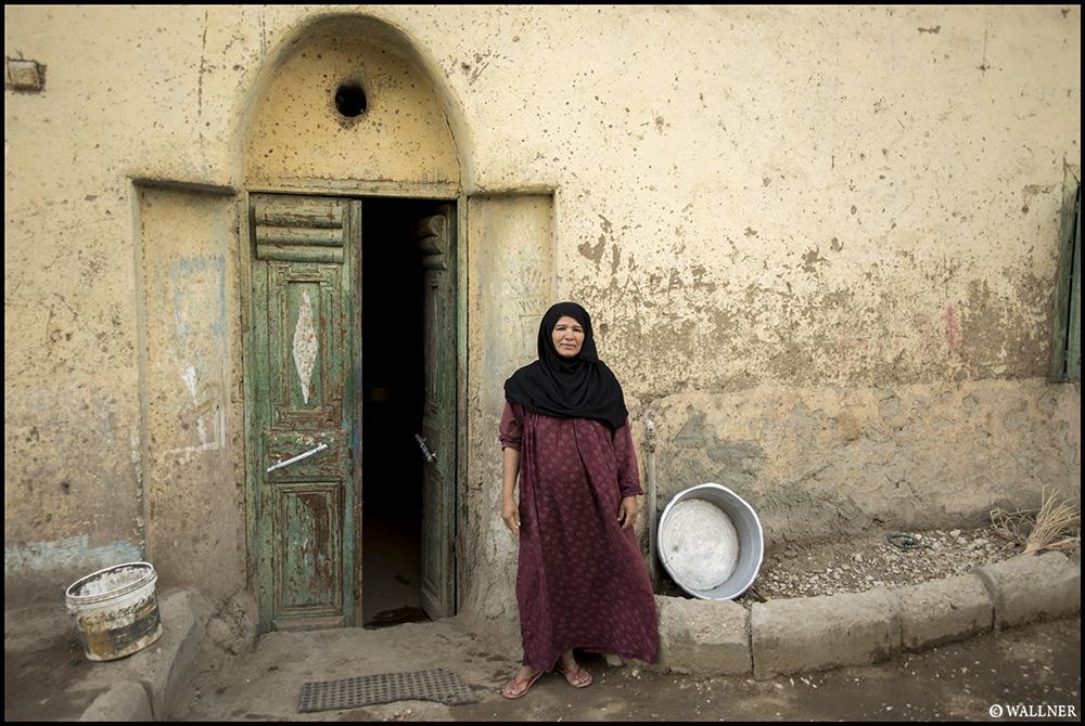 Digital Patrik Wallner Luxor Doorway Women LOWQ 1000P