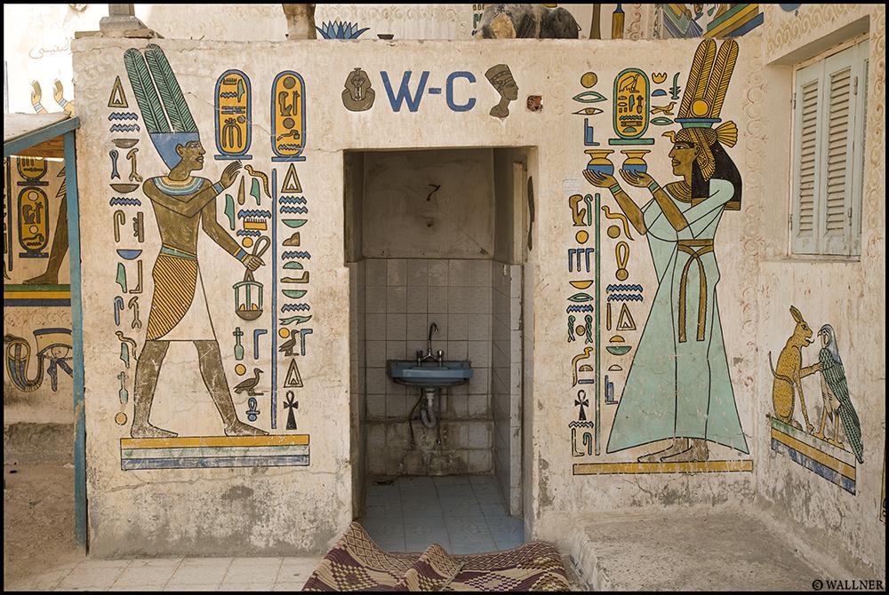 Digital Patrik Wallner Luxor WC LOWQ 1000P