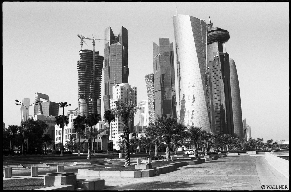 35mmPatrikWallner_Doha_LongWalkToTheFutureLOWQ1000P