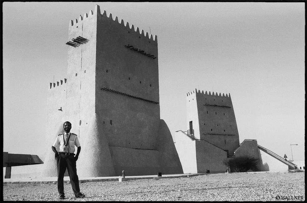 35mmPatrikWallner_Doha_MudMosqueLOWQ1000P