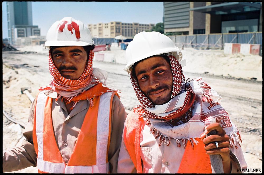 35mmPatrikWallner_Dubai_FromPakistanLOWQ1000P