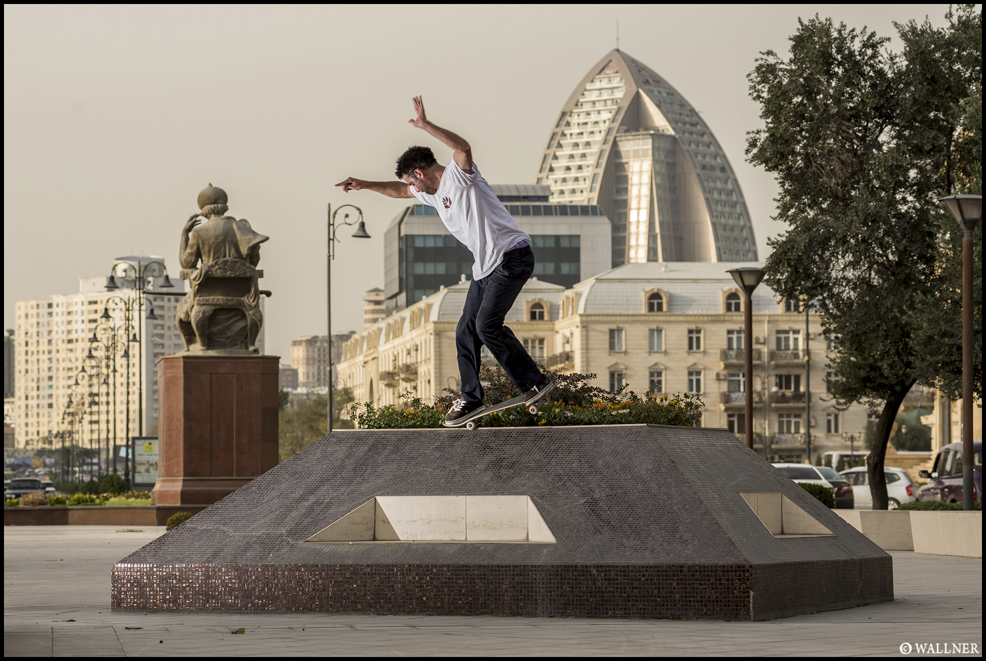 Digital Patrik Wallner Baku Kenny Bs Nosegrind Triangle LOWQ 2000P