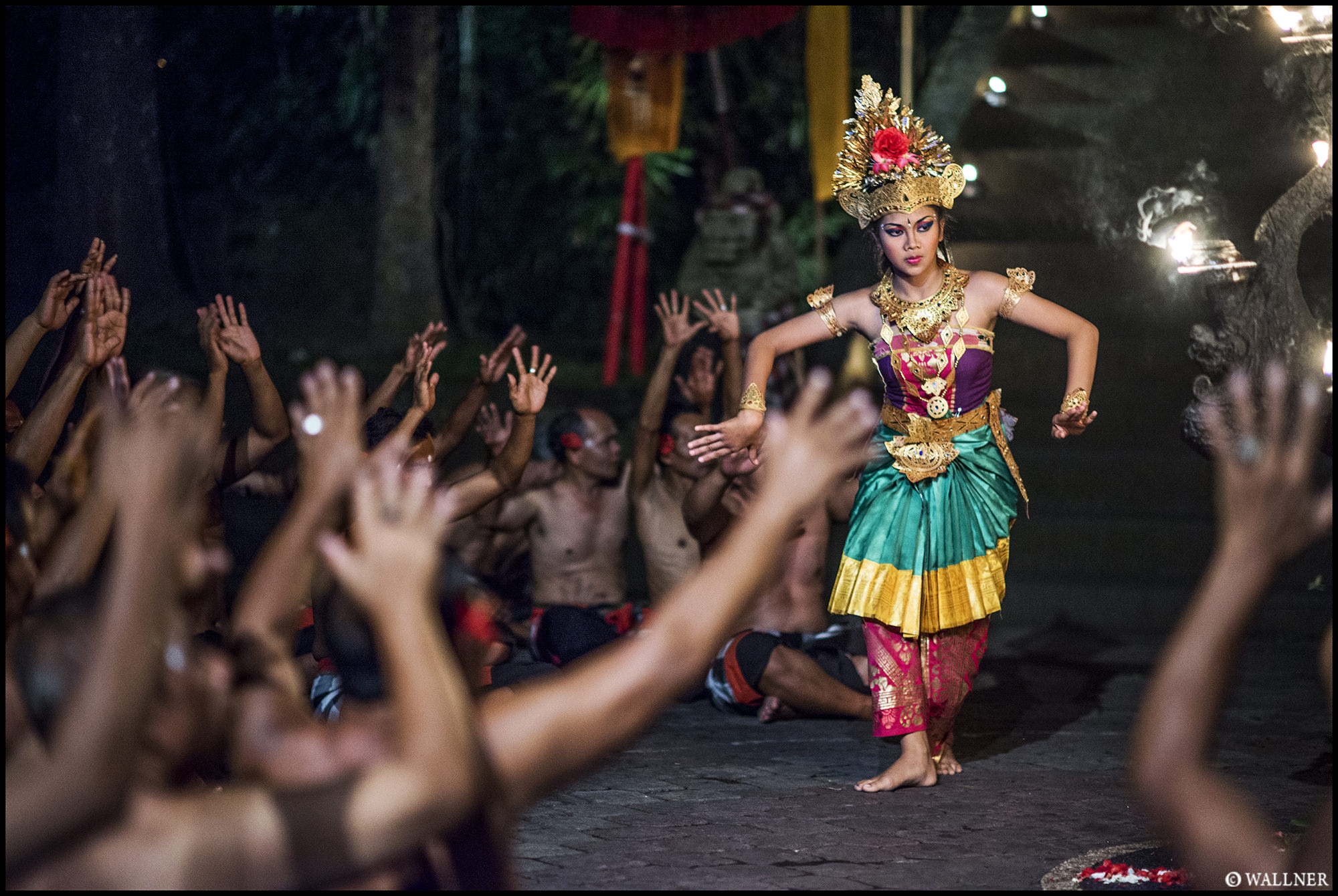 Digital Patrik Wallner Bali Legong Dancer LOWQ 2000P w WM