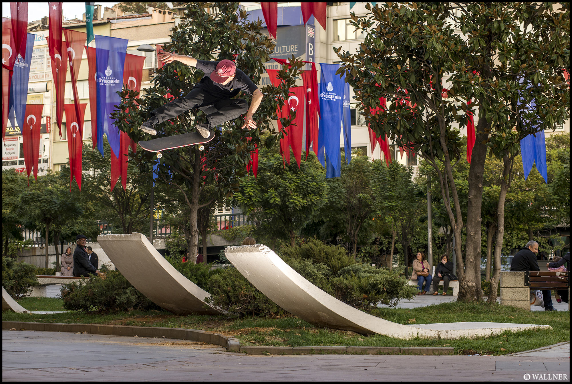 Digital Patrik Wallner Istanbul Phil Kickflip Wave LOWQ 2000P w WM