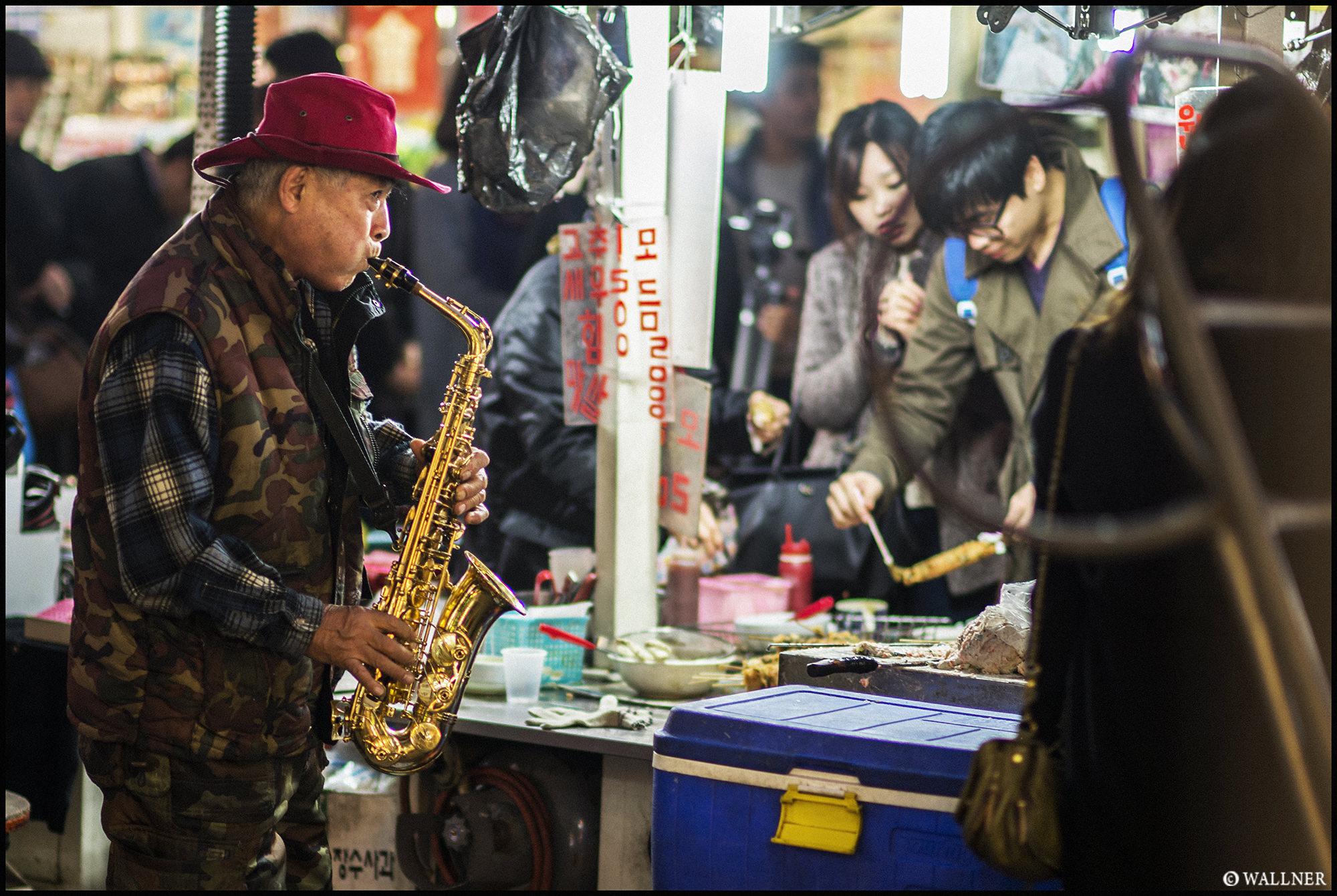 Digital Patrik Wallner Seoul The Saxophone Guy LOWQ 2000P w WM