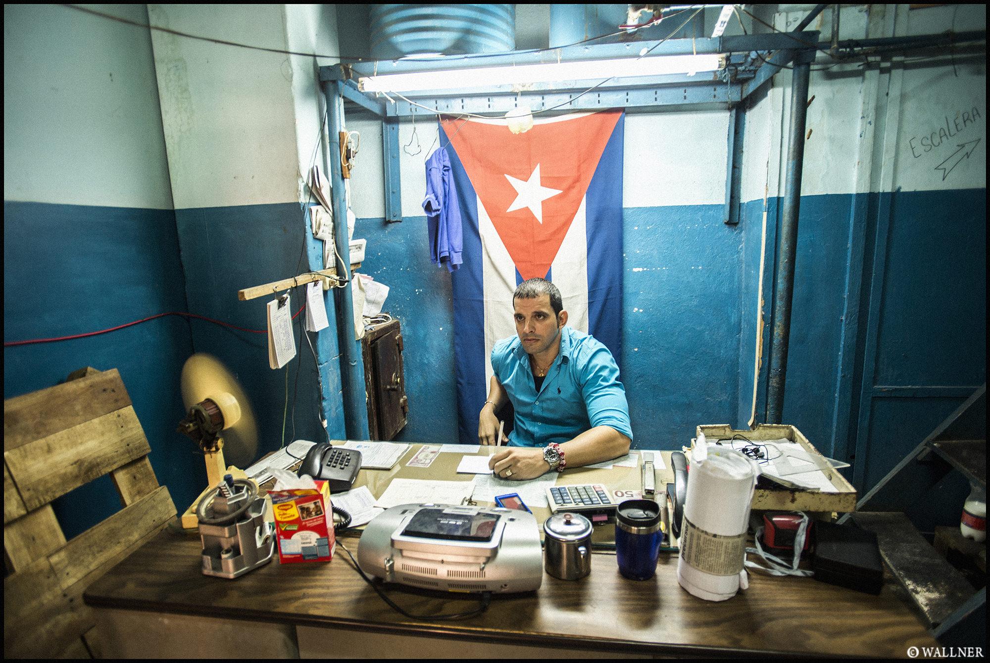 Digital Patrik Wallner Havana Backdoor Office LOWQ 2000P w WM