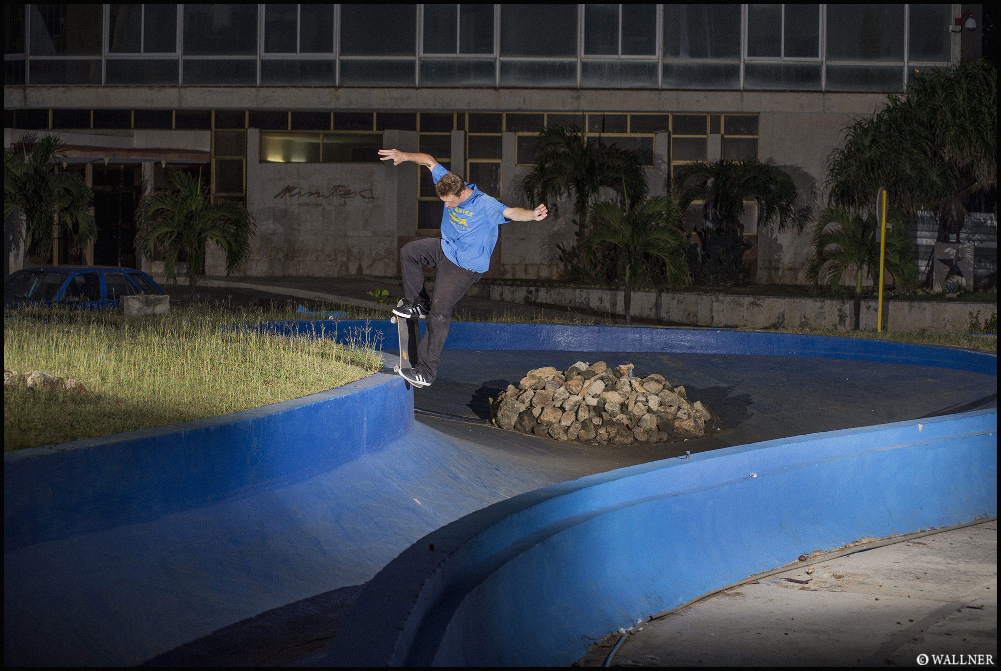 Digital Patrik Wallner Havana Walker Nosegrind Blue Banks LOWQ 2000P w WM