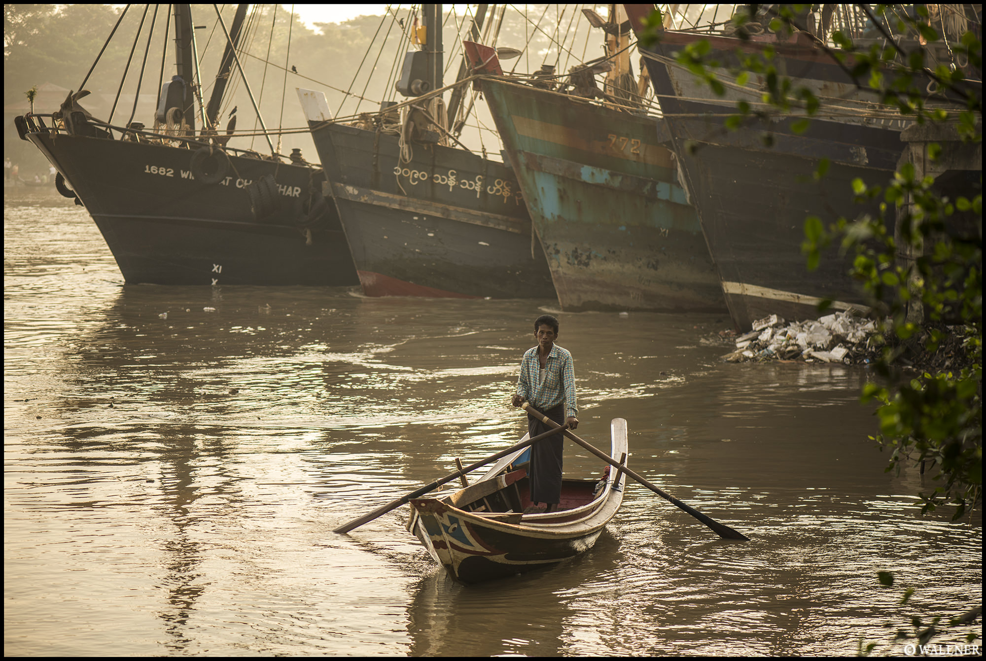 Digital Patrik Wallner Yangon The Boats LOWQ 2000P w WM