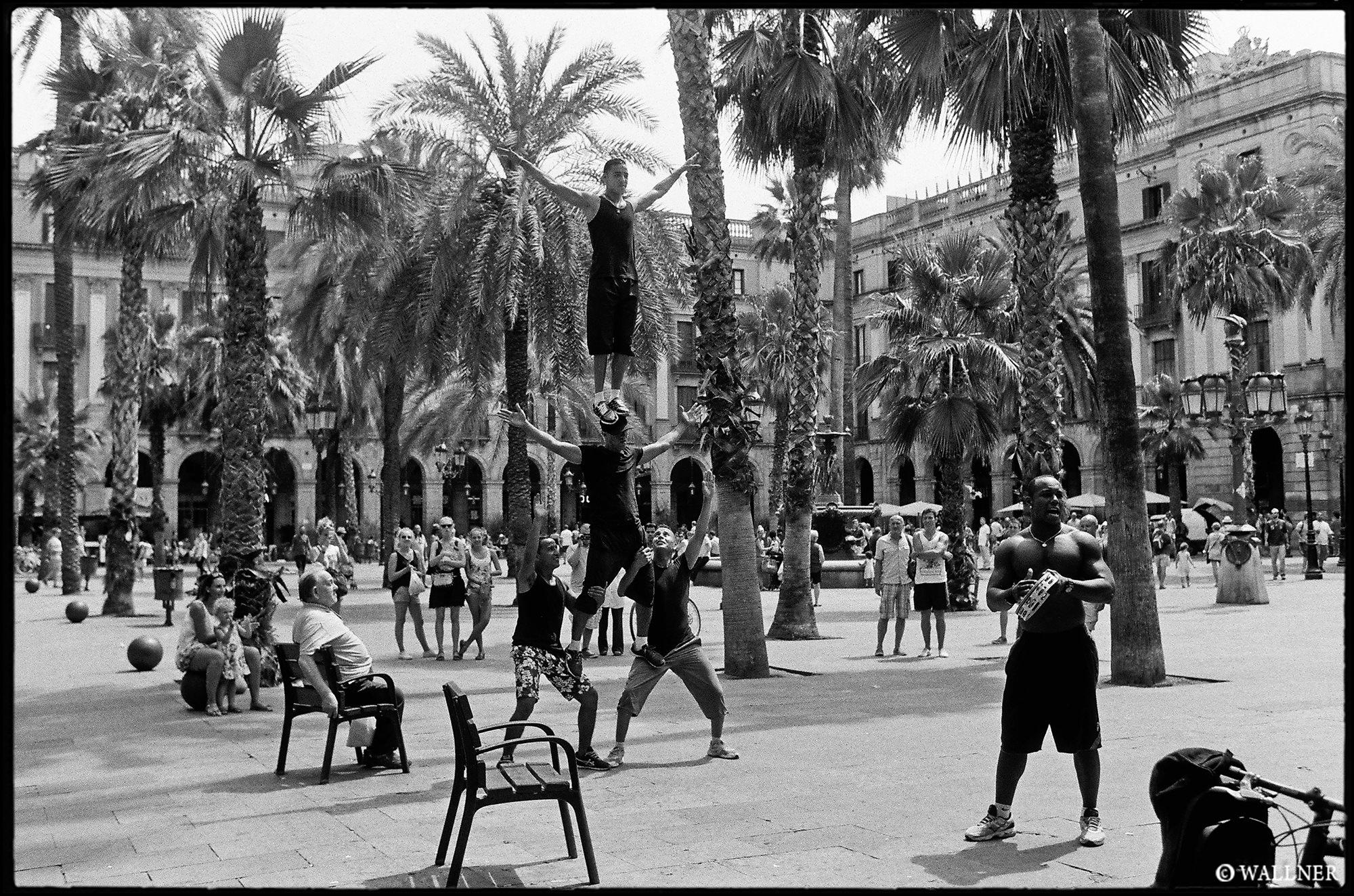 35mmPatrikWallner_Barcelona_LaRamblaLOWQ2000P