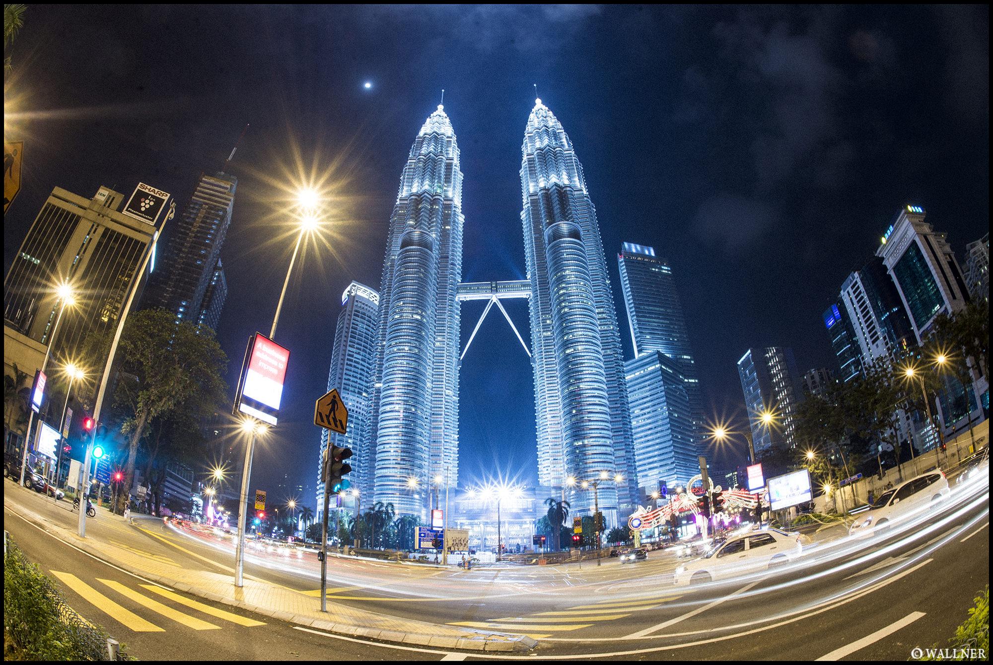 Digital Patrik Wallner Kuala Lumpur Petrona LOWQ 2000P w WM