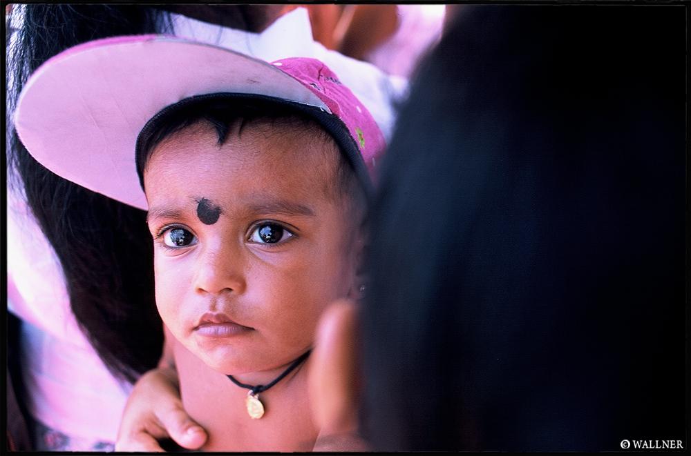 35mmPatrikWallner_Galle_SriLankanFutureLOWQ1000P