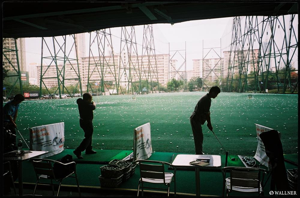 35mmPatrikWallner_HongKong_GolfLOWQ1000P