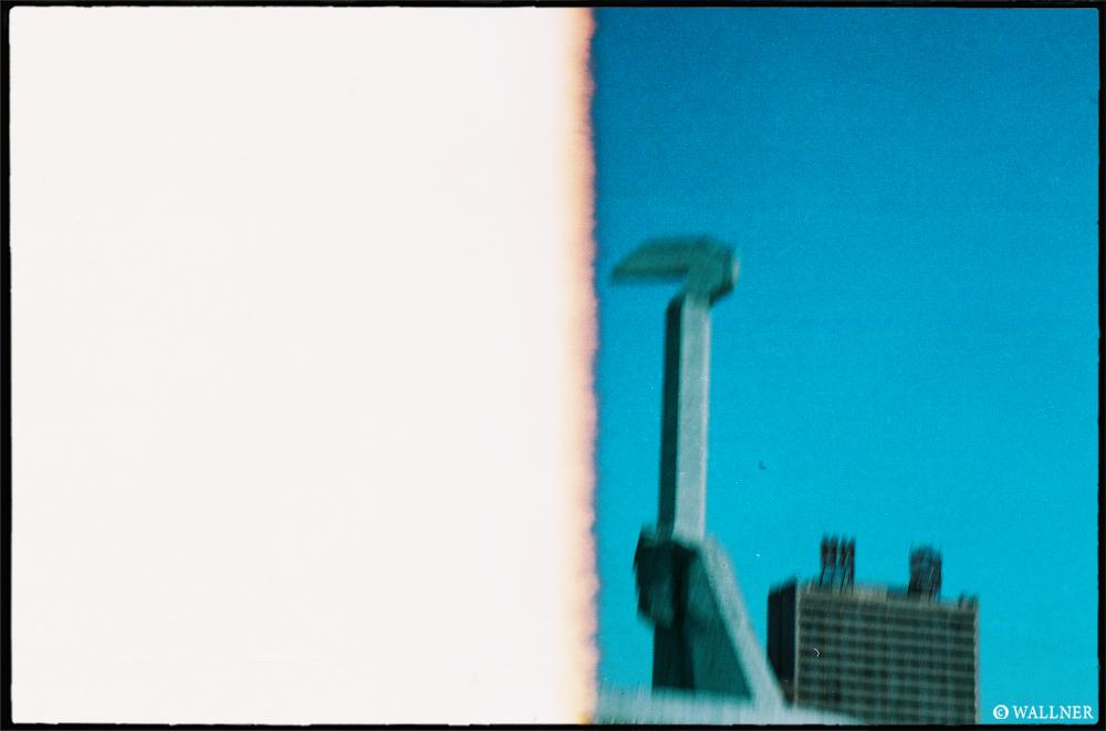 35mmPatrikWallner_Pyongyang_SickleLOWQ1000P