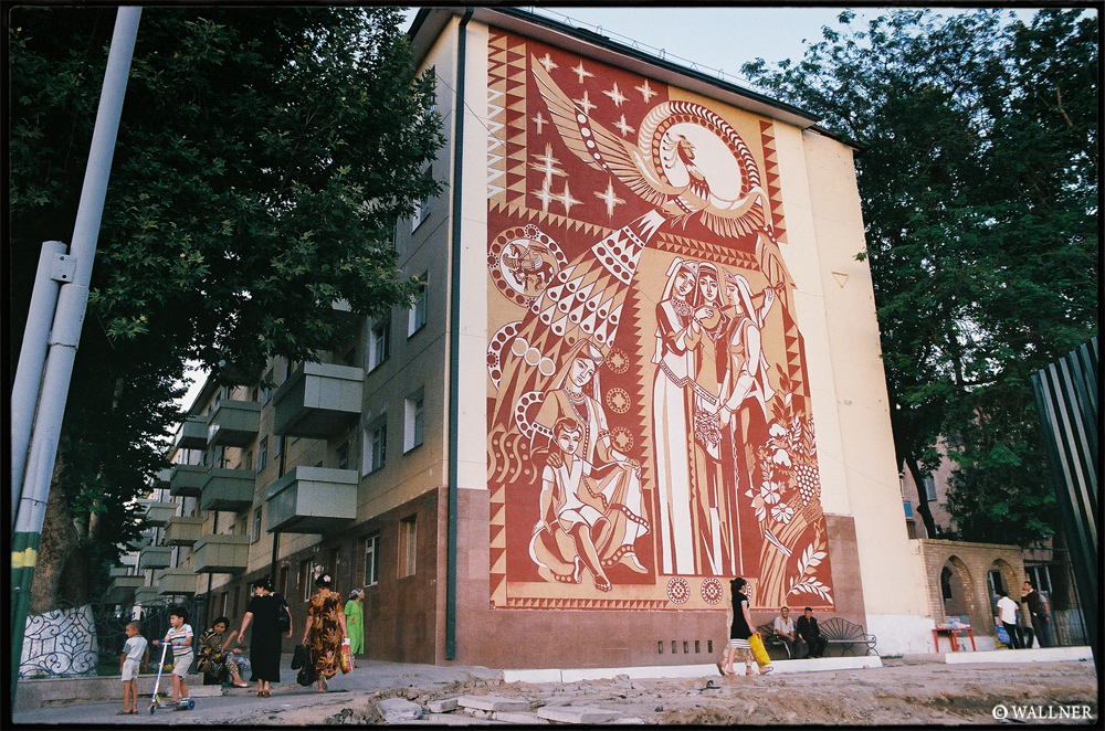 35mmPatrikWallner_Samarkand_MuralsLOWQ1000P