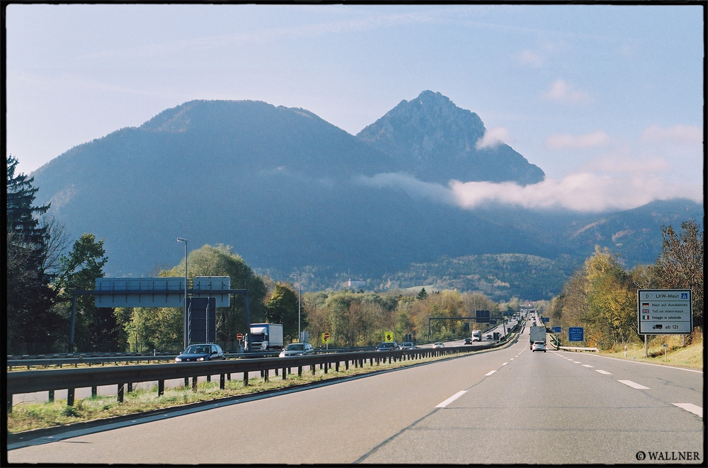 35mmPatrikWallner_Vienna_AutobahnLOWQ1000P