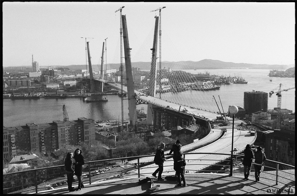 35mmPatrikWallner_Vladivostok_ConnectionMassesLOWQ1000P
