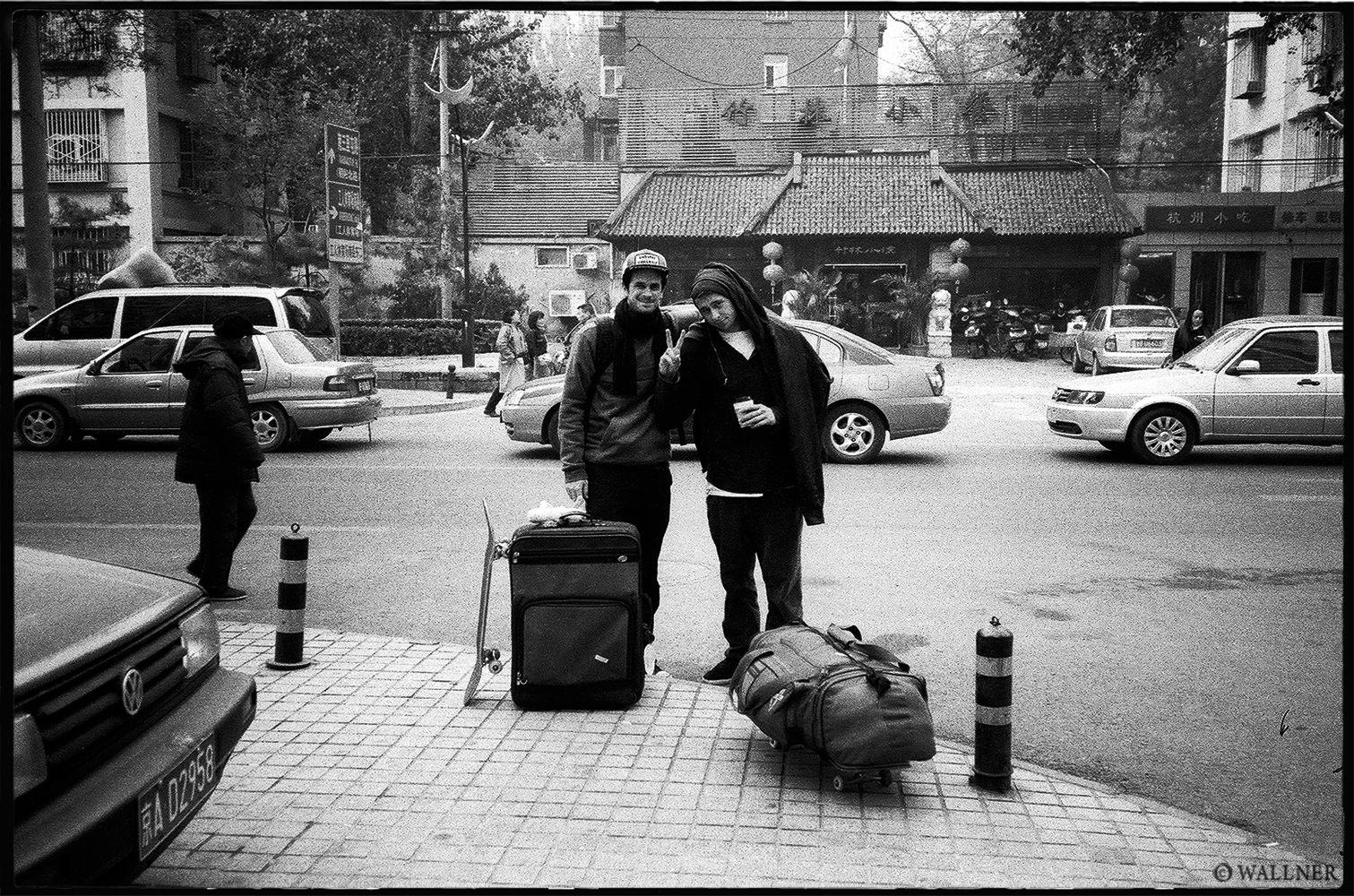 35mmPatrikWallner_Beijing_WalkerKyleByeByeLOWQ