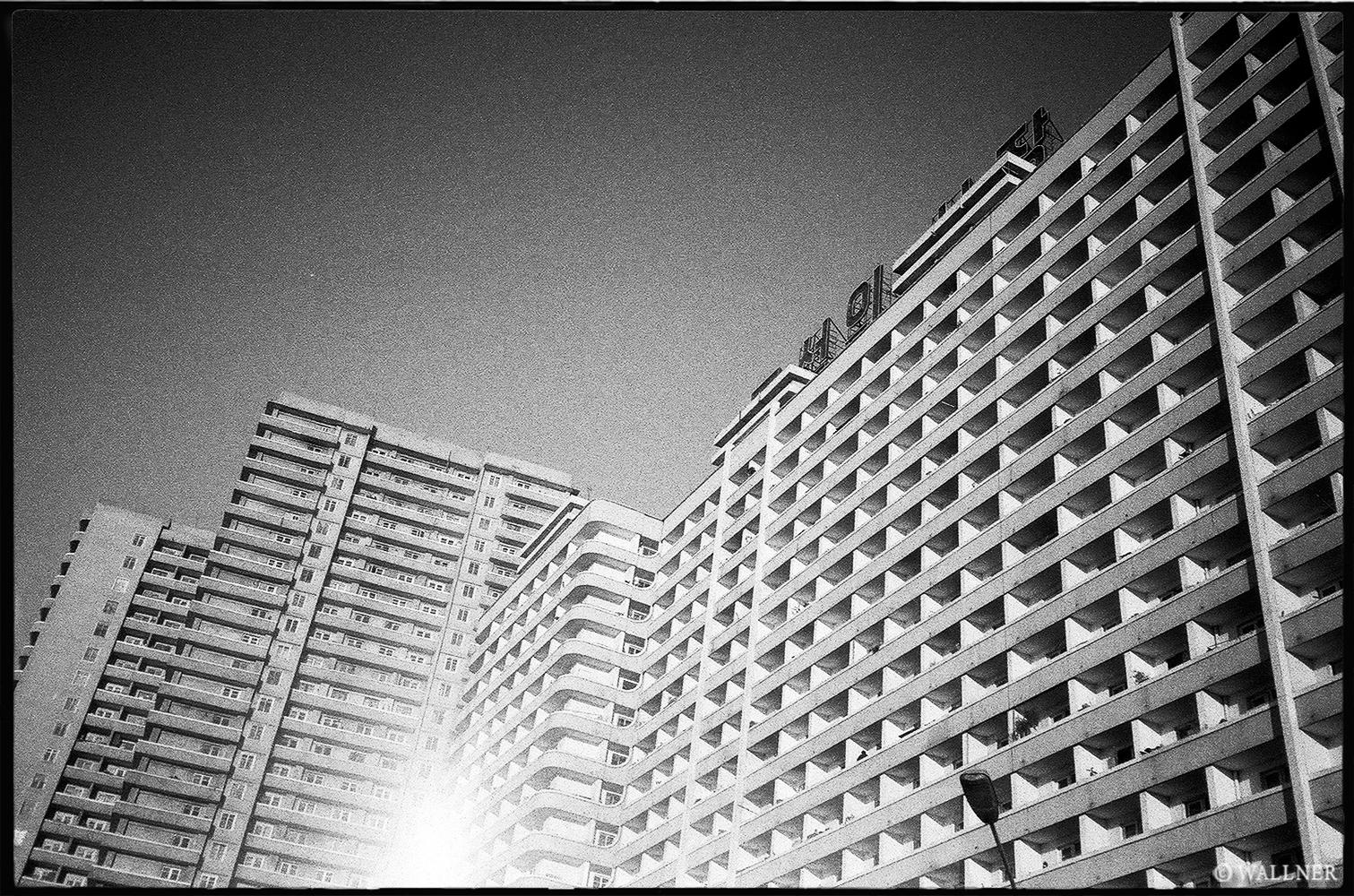 35mmPatrikWallner_Pyongyang_ConcreteLOWQ