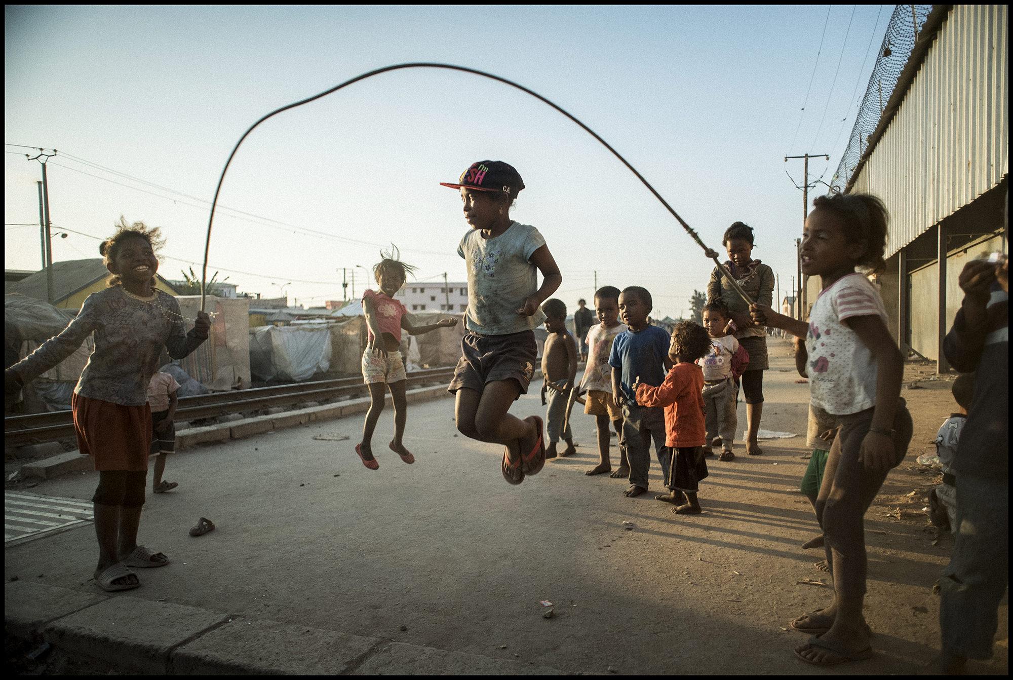 Digital Patrik Wallner Antananarivo Jumproap LOWQ 2000P