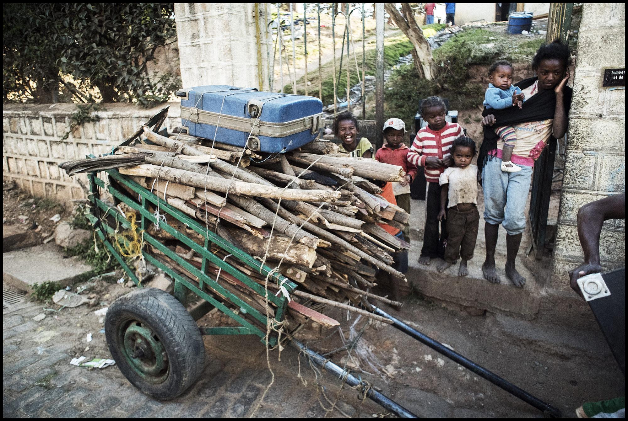 Digital Patrik Wallner Antananarivo Leaving Town LOWQ 2000P