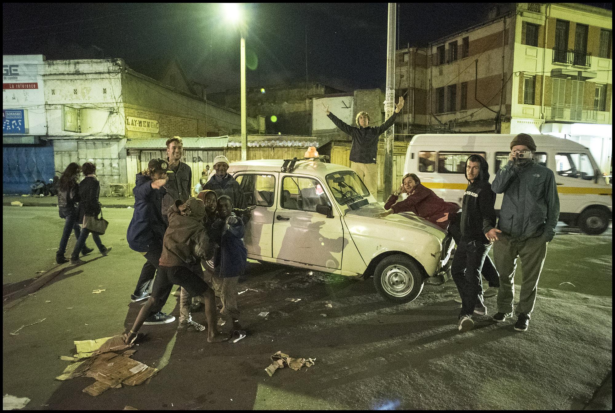 Digital Patrik Wallner Antananarivo The Crew minus Germans LOWQ 2000P