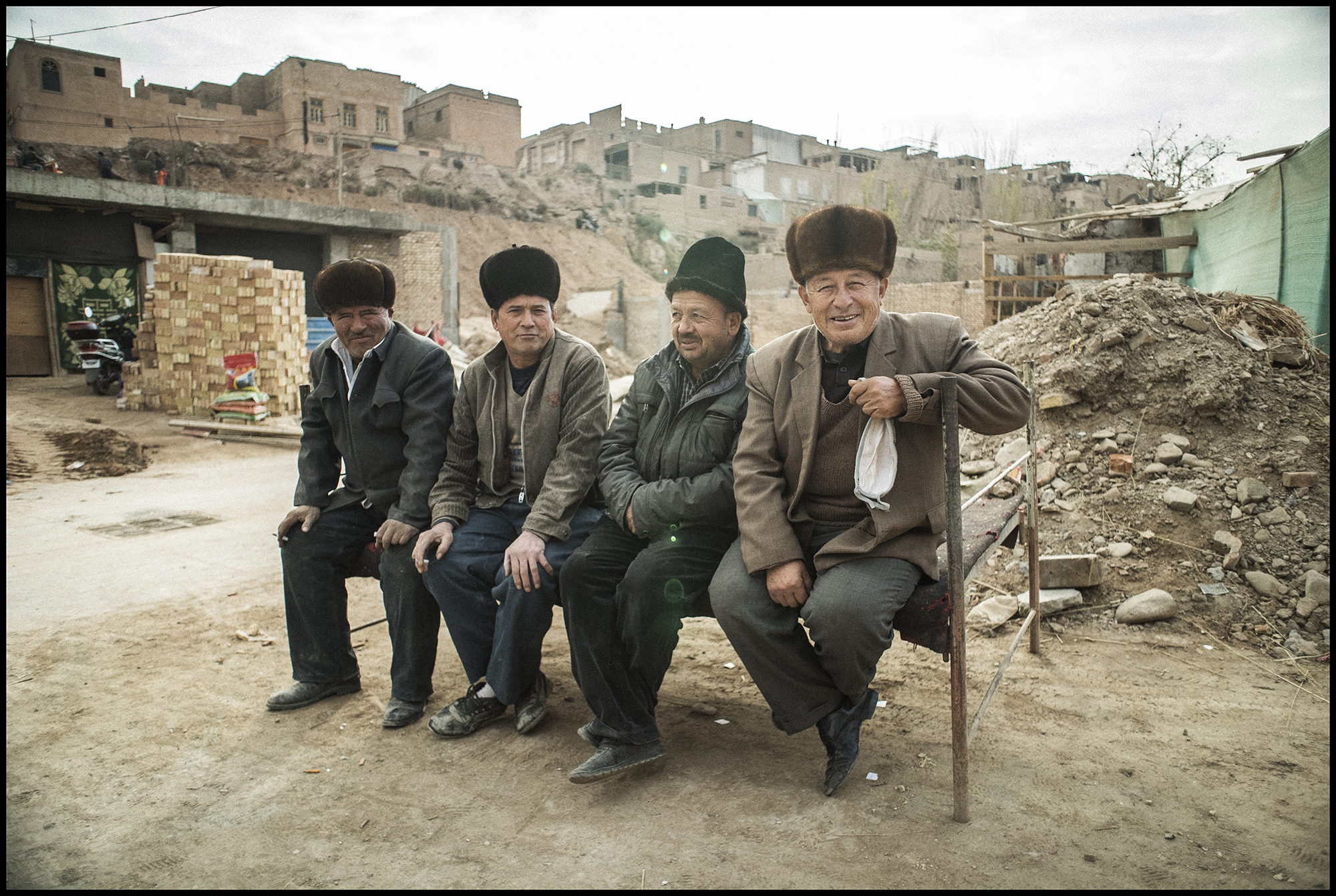Digital Patrik Wallner Kashgar Four Men LOWQ 2000P