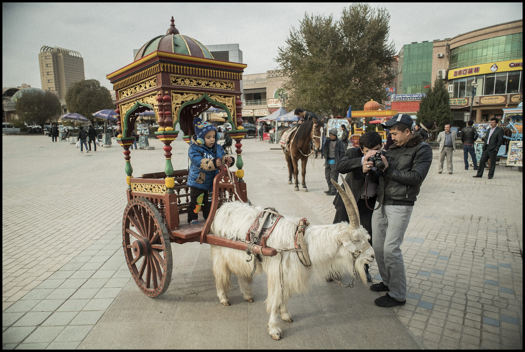 Digital Patrik Wallner Kashgar Kid on Wagon LOWQ 2000P