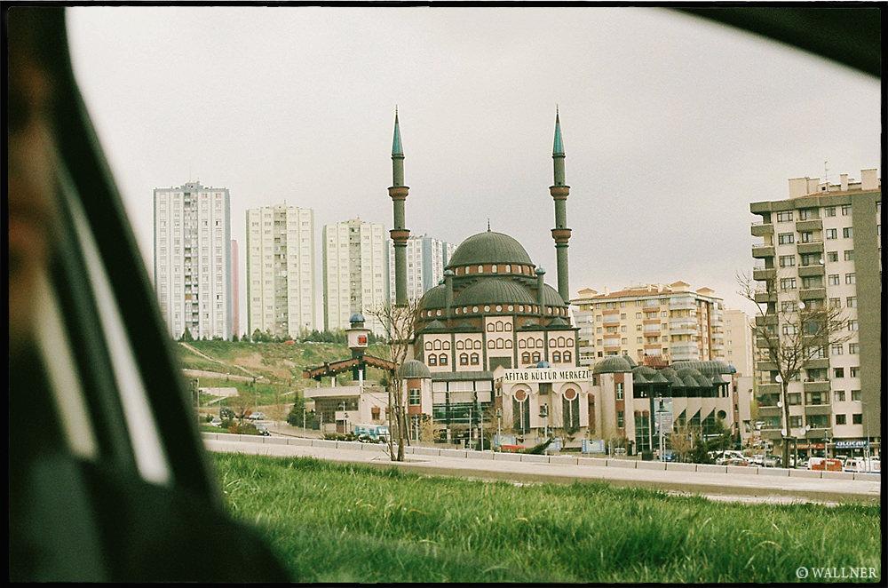 35mmPatrikWallner_Ankara_GettingIslamLOWQ