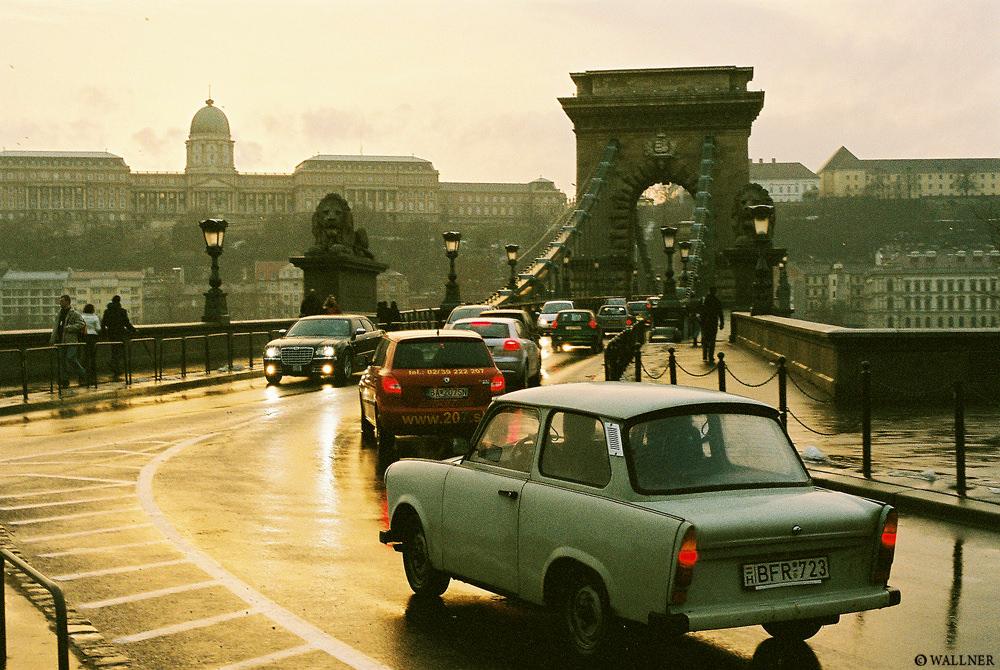 35mmPatrikWallner_Budapest_TrabantSunsetLOWQ